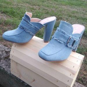 Forever 21 Denim Mule w/ Block Heel Size 9